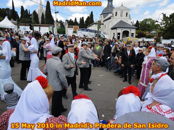 San-Isidro-Madrid-2010-Chulapos-Chulapas.jpg