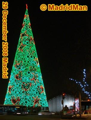 madrid-christmas-tree-atocha-2008.jpg