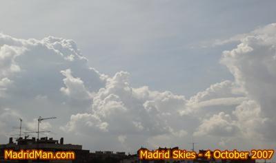madrid-sky-4-oct-2007.JPG