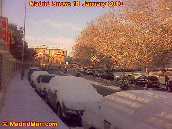 madrid-snow-11-january-2010-street.jpg