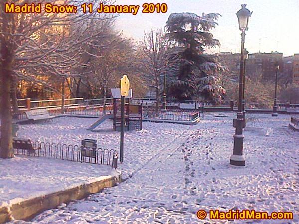 madrid-snow-park-11-january-2010.jpg