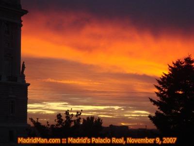 palacio-real-sunset-11-9-07.JPG