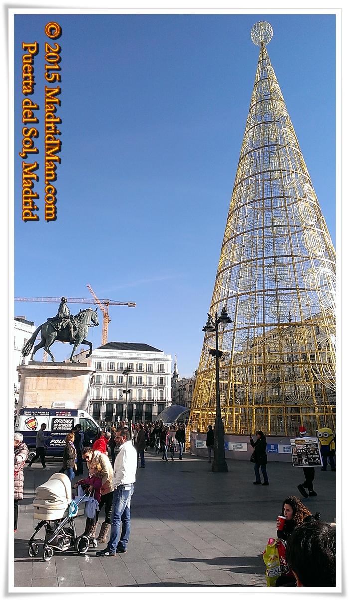 Puerta del Sol Christmas Tree 2015